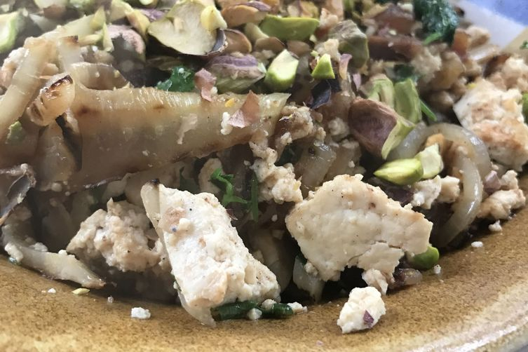 Date and Fennel Tofu Scramble