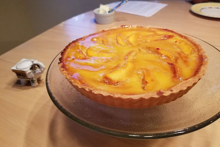 Peach tart with peach glaze