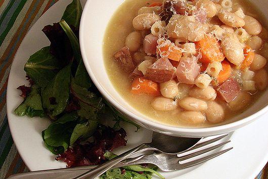 White Bean & Garlic Soup