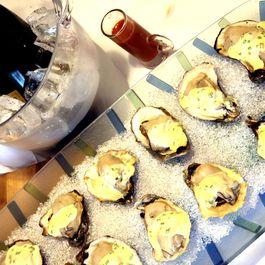 F8225abe cf33 424b aa4c b2f3abf155d9  champagne oysters
