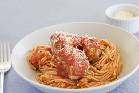 Spaghetti and Meatballs - (Spaghetti con Polpette) - Sicilia