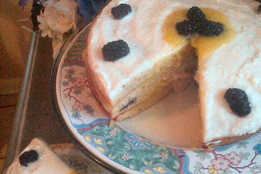 Fresh Blackberries n' Cream Cake with Lemon Curd