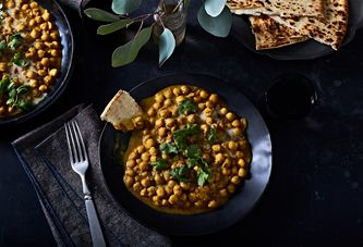 This 30-Minute Chickpea Curry Is Your New Emergency Dinner