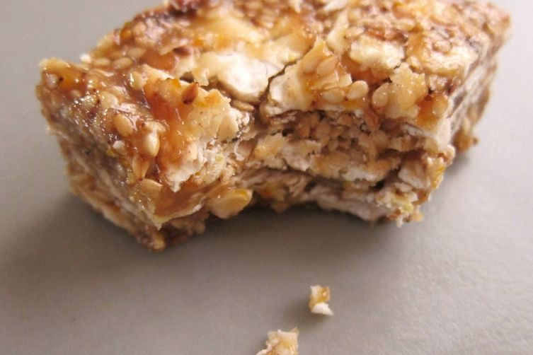 Sweet Sesame Matzo Bars