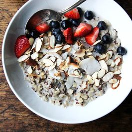 Quinoa and Oat Breakfast Porridge