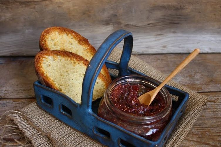 Fig jam with cardamom