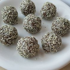 Chocolaty Walnut Date Balls