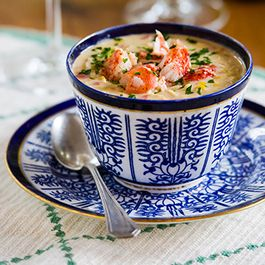 70630b5d ba07 4eb5 b593 98441697c3e1  lobster corn chowder