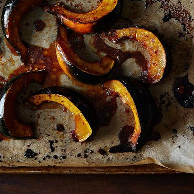 Roasted Acorn Squash with Maple and Red Pepper Flakes
