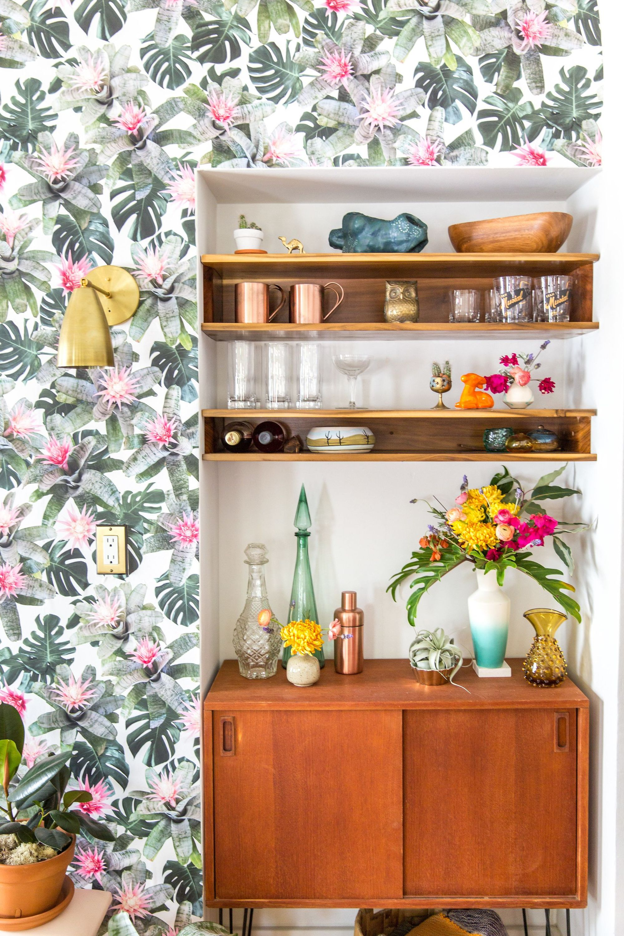 How to Make Open Shelves Look Like Art—& Stay Clutter-Free