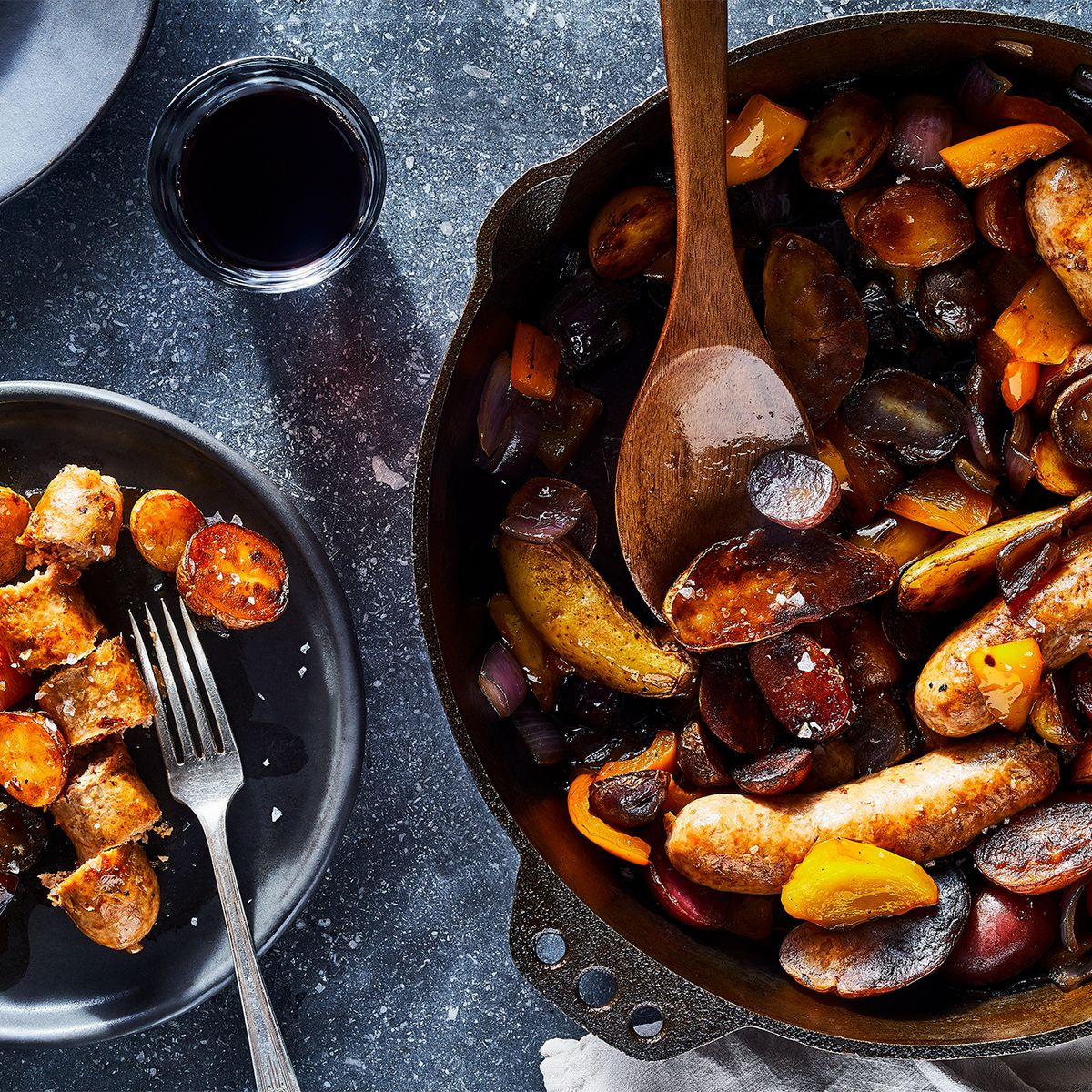 17 Best Cast Iron Skillet Recipes - Easy Recipes for Cast Iron Pan
