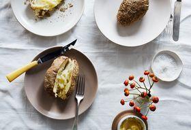 Eb42a658 604a 4910 bb3c 07adf25540eb  2016 0920 celery salt crusted baked potato bobbi lin 6043