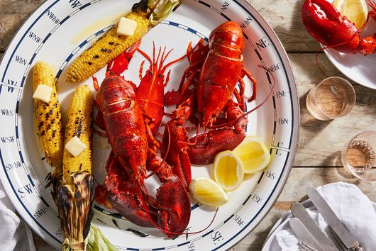 12 Lobster Recipes We're Not Keeping to Ourselves Because That Would Be 'Shellfish'