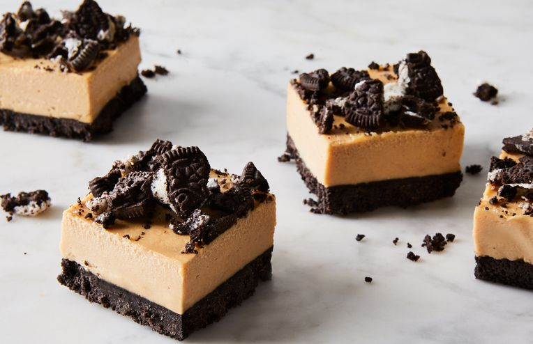 No-Bake Peanut Butter Bars Get the Oreo Treatment