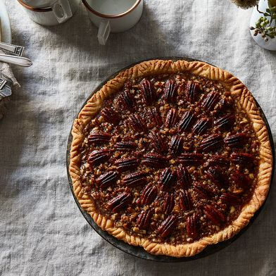 Yankee Magazine's Pumpkin Pie with Pecan Crunch