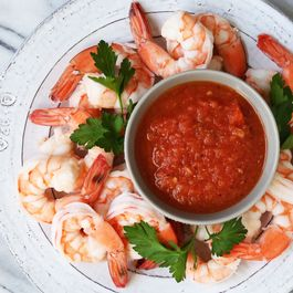 8c1bdeb3 211d 4b64 99c8 3572661bb8af  cocktail sauce with shrimp