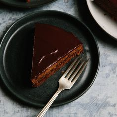 How to Make Viennese Sachertorte