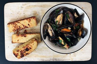D7bfd60e-524b-4f74-9dae-bcdc17779d34--spring-mussels_a