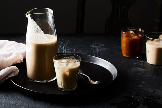 How to Make Creamy, Dreamy Almond Milk