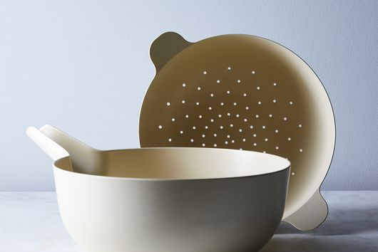 Food52 x Ekobo Recycled Bamboo Colander & Pour Bowl Set
