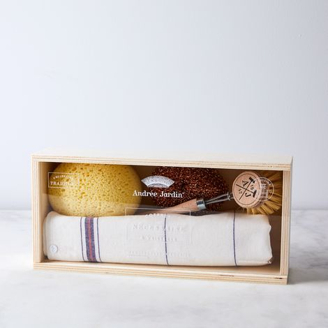Traditional French Dish Kit in Wooden Box