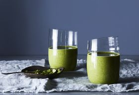 3 Simple Smoothies for Filling, Slurp-Worthy Breakfasts