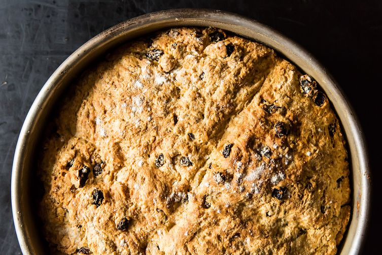 Peggy's Authentic Irish Soda Bread with Raisins