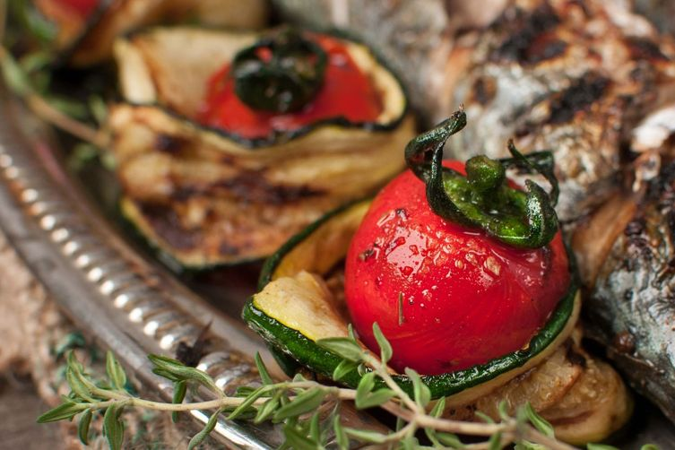 Mighty Mackarel with Grilled Zucchini and Cherry Tomatoes - See more at: http://