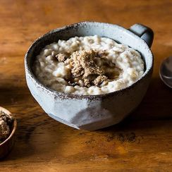 4 Simple Tweaks for Better, More Satisfying Oatmeal