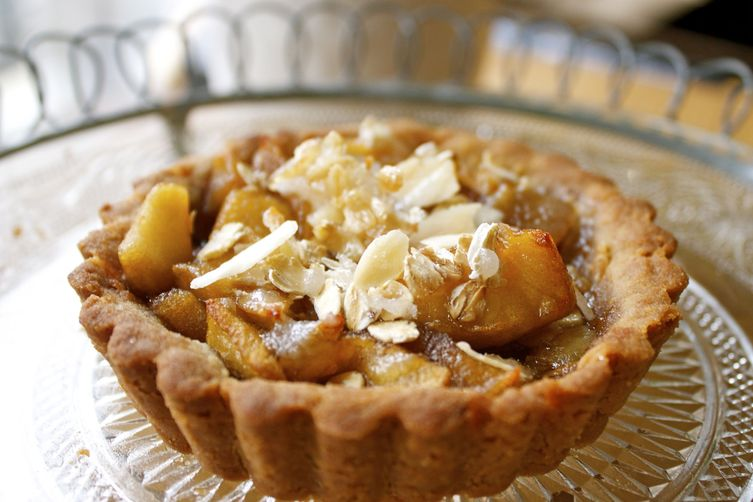 'In a sea of honey' and apple tartlets with a olive oil ...