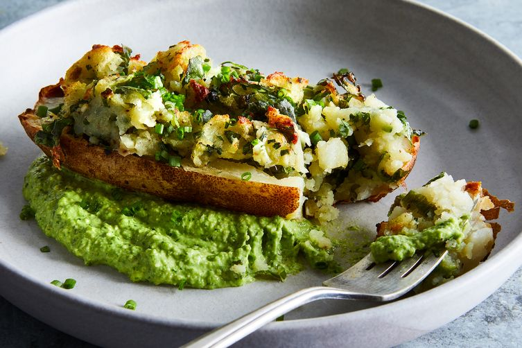 Twice-Baked Potatoes With Creamy Chive Pesto