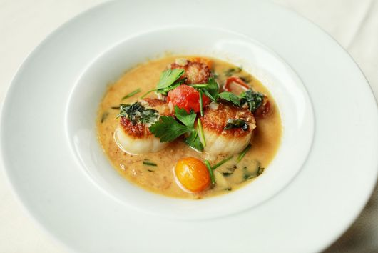 Seared Sea Scallops with Slow-Roasted Tomato Confit