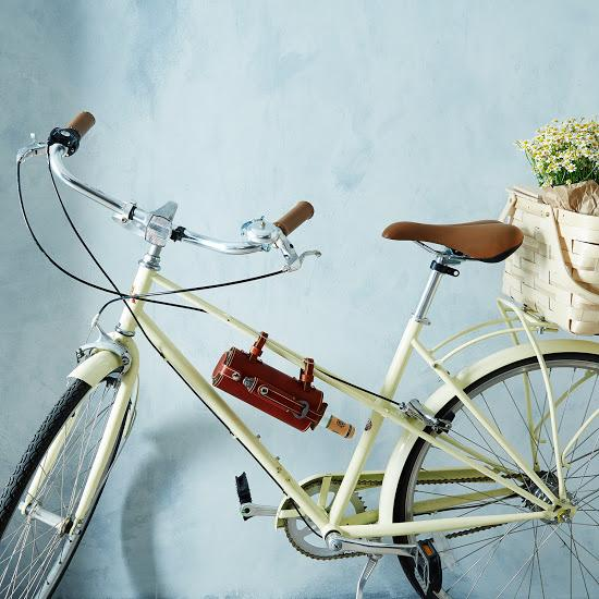 Bicycle-Mountain Wine Holder