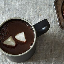 5 Ways to Spice Up Your Hot Cocoa