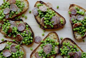 Fresh Pea and Salami Bruschetta