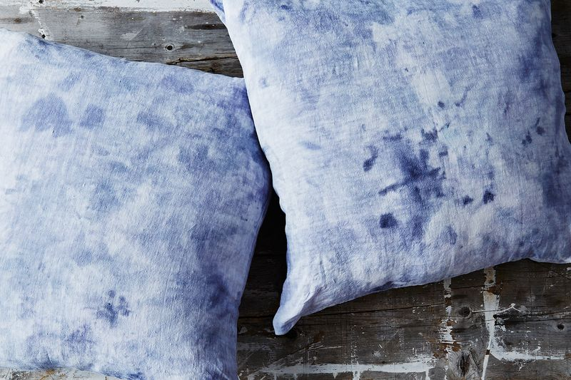 DIY ice-dye pillow cases