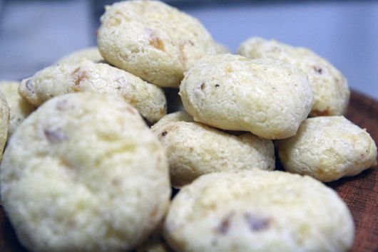 Addictive Cheese Balls: Chipa