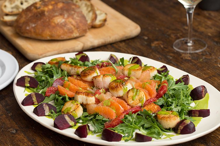 arugula salad with seared scallops recipe scallops with wilted spinach ...