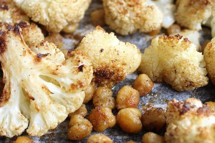 Roasted Cauliflower And Chickpeas With Yogurt Sauce Recipe ...