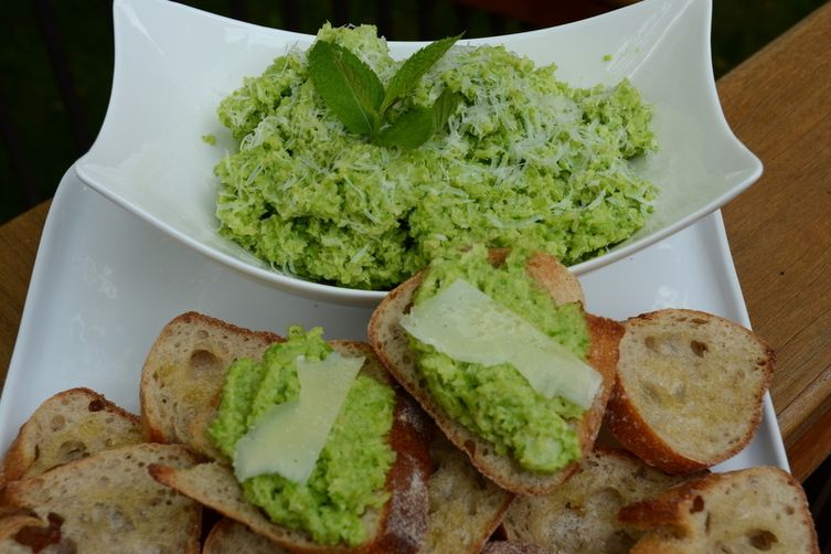 Fava Bean and Mint Crostini