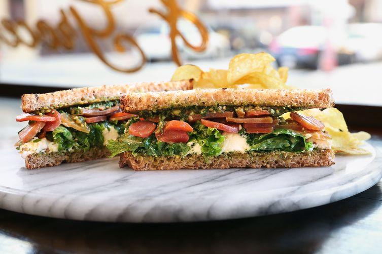 Ricotta Sandwich with Kale, Carrots & Parsley-Pecan Pesto