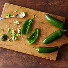 The Easiest Way to Seed a Chile Pepper