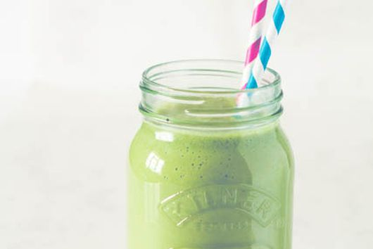 Peach Matcha Smoothie