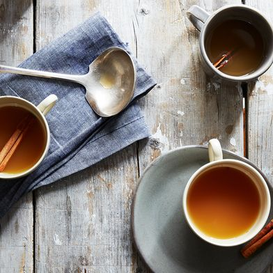 Delicately Fragrant Mulled Cider