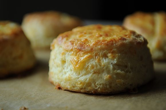 13 breads for your thanksgiving table for Table 52 goat cheese biscuits