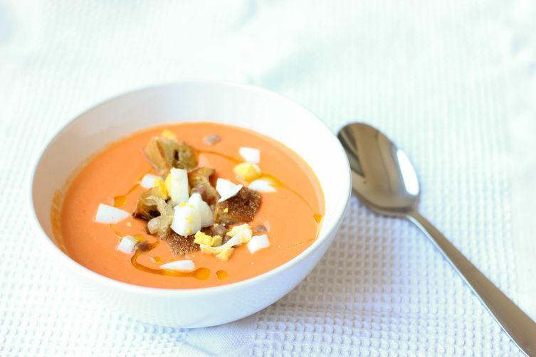 Salmorejo (Cold Spanish Tomato Soup with Serrano Ham)