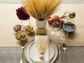 Table Toppers So Charming They'll Distract You From the Turkey