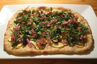 A48272d9-f489-413b-ba31-212546ba2472.fig_brie_and_prosciutto_pizza_medium_