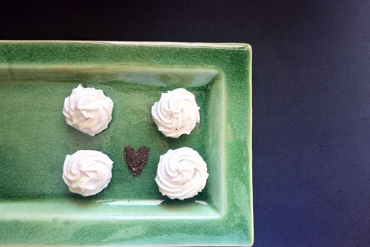 Lemon Myrtle Cheesecakes on Chocolate Base