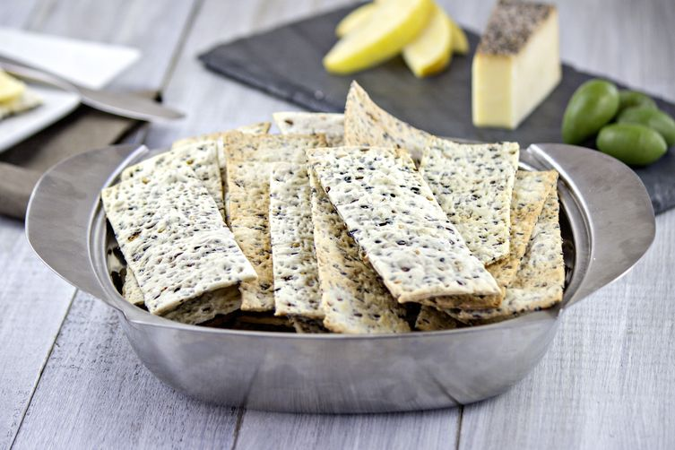 Crisp and Buttery Homemade Crackers